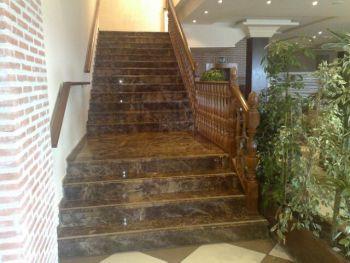 Escaleras de granito precios marmol y granito para for Marmol nacional precios